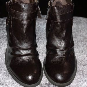 DR. SCHOLLS BROWN LEATHER BOOTIES SIZE 7.5 M